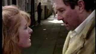 getlinkyoutube.com-Alan Bradley Arrest 1989 Coronation Street clip