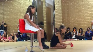 Maddie and Mackenzie Ziegler Do The Cup Song (meet and greet august 2015)