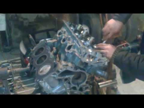 Ниссан Цефиро VQ20 установка ГБЦ и неубиваемая помпа