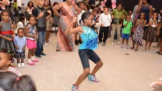 getlinkyoutube.com-Dance Competition at A African Nigerian First Birthday Party