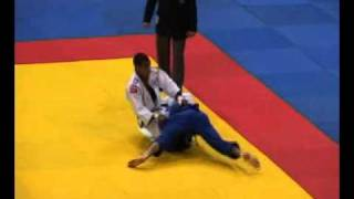 getlinkyoutube.com-judo RUSSIE 2005 -60 KG NAZARYAN ARMEN (arm) LAROSE DAVID (fra)