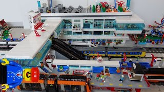getlinkyoutube.com-Huge Lego train station MOC of 25000 bricks with Lego monorail and bus platforms
