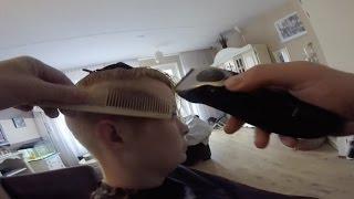 getlinkyoutube.com-Tamara G (Impression Of A Haircut) Tamara's Haarschitt