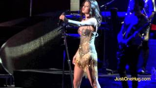 getlinkyoutube.com-We Own the Night - Selena Gomez (PNC Bank Arts Center)