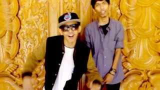 getlinkyoutube.com-Mr Ginting Feat Wisnu Bangun - Biring Manggis (Etnic Rap Version)