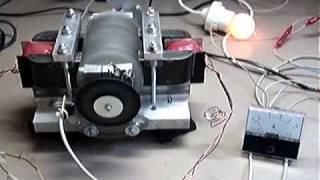 getlinkyoutube.com-Magnet assisted reluctance motor test