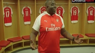 getlinkyoutube.com-Arsenal: Behind The Scenes at The Emirates Stadium