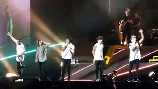 getlinkyoutube.com-One Direction OTRA tour Moments part.7 [Best/funny/cute moments]