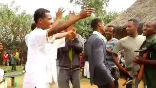 getlinkyoutube.com-New Hot Ethiopian Wedding Song Elias Solomon ft. Micky 2013 - Firew Yamare Zer