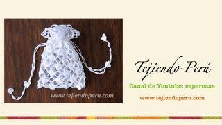 getlinkyoutube.com-Paso a paso: bolsita para Primera comunión tejida a crochet (punto red de flores margaritas)