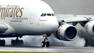 "getlinkyoutube.com-Emirates / Airbus a380 ""SuperJumbo"" Landing at a Wet rwy at Manchester (Full HD1080p)"