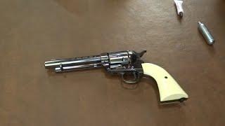 getlinkyoutube.com-BB Gun Colt Peacemaker SAA - First Shoot