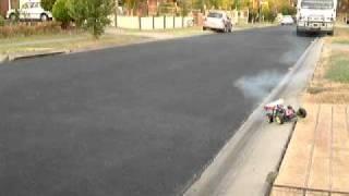 getlinkyoutube.com-Four stroke rc buggy with saito40 aircraft engine. Part 2