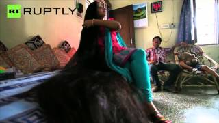 getlinkyoutube.com-Meet the Indian Rapunzel with 7 Foot Long Hair Pankaj Jha Mbs