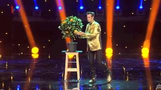 getlinkyoutube.com-Magic act - Cabaret Show on TV - Magie 24