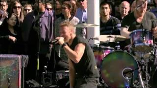 getlinkyoutube.com-Coldplay - Every Teardrop Is A Waterfall (Live) @ Apple Steve Jobs Memorial