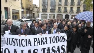 Los abogados segovianos salen a la calle contra las tasas de Gallardón