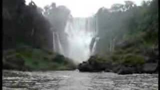 getlinkyoutube.com-Paseo en lancha por Cataratas del Iguazu (Enero 2007)