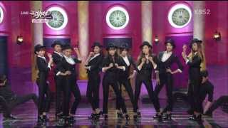 getlinkyoutube.com-【HD繁中字】140307 少女時代 SNSD - Back Hug + Mr.Mr. @ Comeback Stage
