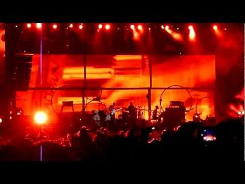 Coldplay  Scientist - Heineken Open'er 2011 HD High Quality
