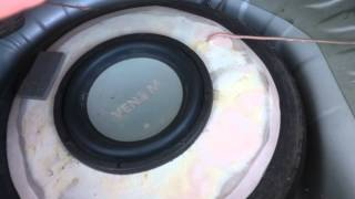 getlinkyoutube.com-Spare tyre sub woofer in a Hyundai Getz