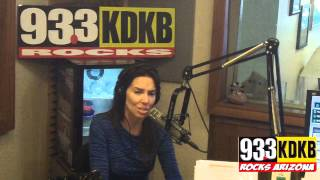 [Whitney Cummings In-Studio on 93.3 KDKB] Video