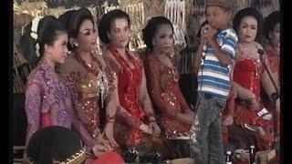 getlinkyoutube.com-Dahsyat Pengendang Cilik dari Kediri ki Purbo Asmoro