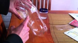 getlinkyoutube.com-Como hacer una trampa para avispas y moscas