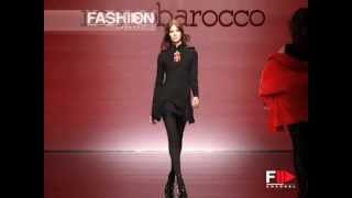 "getlinkyoutube.com-""Roccobarocco"" Autumn Winter 2003 2004 Milan 1 of 4 Pret a Porter Woman by FashionChannel"