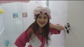 getlinkyoutube.com-Tour pelo meu banheiro e minhas maquiagens Julia Silva