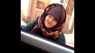 getlinkyoutube.com-عجوز تنصح غلمان داعش وجهاً لوجه عودوا الى الله
