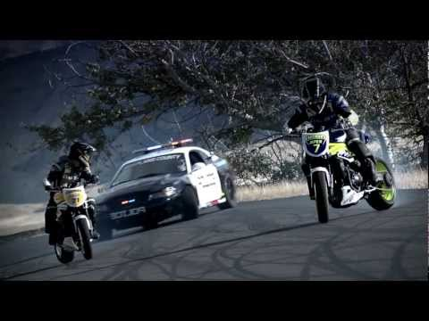 Incredible!!!!!!!!!!!! Police Chase Bikes, Incredible Drifti