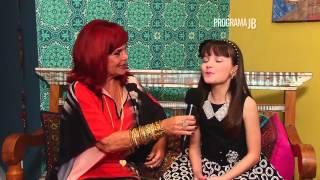 getlinkyoutube.com-Larissa Manoela (Carrossel) Olhos nos Olhos com Clara Monforte | Programa JB