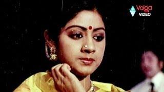 getlinkyoutube.com-Premabhishekam  Songs - Tharaludigivachhina  - ANR Sridevi Jayasudha