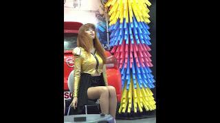getlinkyoutube.com-여성댄스팀 러브큐빅(LoveCubic)의 댄스 퍼포먼스 #02, 서울오토살롱 2013 (1080p HD)