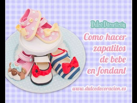 Como hacer zapatos de bebé en fondant  / how to make baby girl shoes