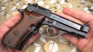 getlinkyoutube.com-Beretta Model 81 BB  32 ACP Semi Auto Pistol Overview - Texas Gun Blog