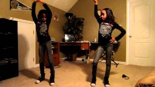 "getlinkyoutube.com-Twins dancing to ""Till the End of Time"" by Beyonce"