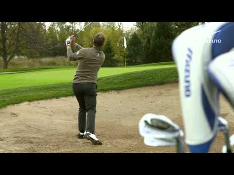 LUKE DONALD:  Mizuno Masterclass 4 / Bunker (Good Lie)