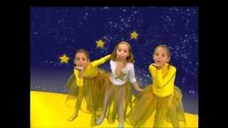getlinkyoutube.com-Zouzounia feat.Anna Rose & Amanda - Twinkle Little Star (KARAOKE)
