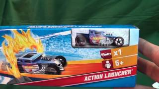 getlinkyoutube.com-Ralphs Hot Wheels Christmas Tree And Mini-Launcher Action Launcher Set w/Bone Shaker
