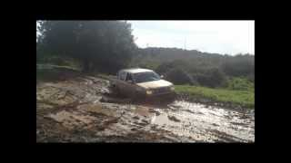 getlinkyoutube.com-mitsubishi pajero vs isuzu Dmax vs toyota hilux vs can am outlander off road