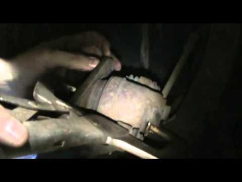 Chrysler Cirrus front brake change