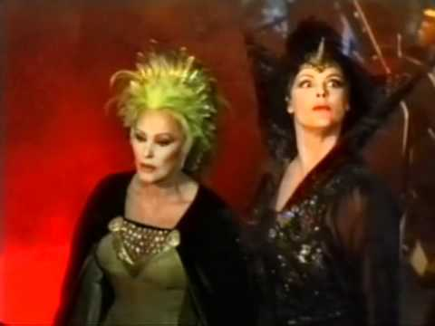 Brigitte Nielsen as Dark Witch is stroppy (German)