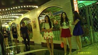 getlinkyoutube.com-Lisboa Girls 12 (澳門葡京酒店小姐 リスボア回遊魚)