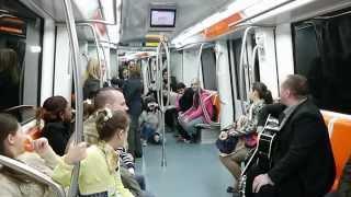 getlinkyoutube.com-Evanghelizare metrou Biserica lui Hristos din Leyton si Dumitru Budac