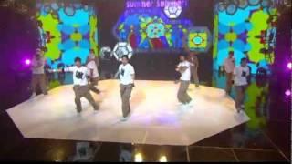 getlinkyoutube.com-[HD] 110626 Kim Hyun Joong & Heo Young Saeng - TWIST KING (Special Stage)