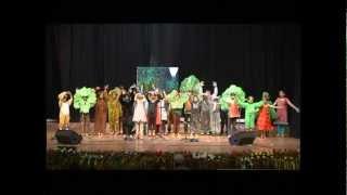 getlinkyoutube.com-Hope for the Earth - A beautiful play on saving environment by Grade 3