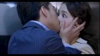 Daugter Return Kiss Scene