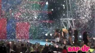 Britney Spears (ft. Nicki Minaj) - Till The World Ends (Live @ LA)